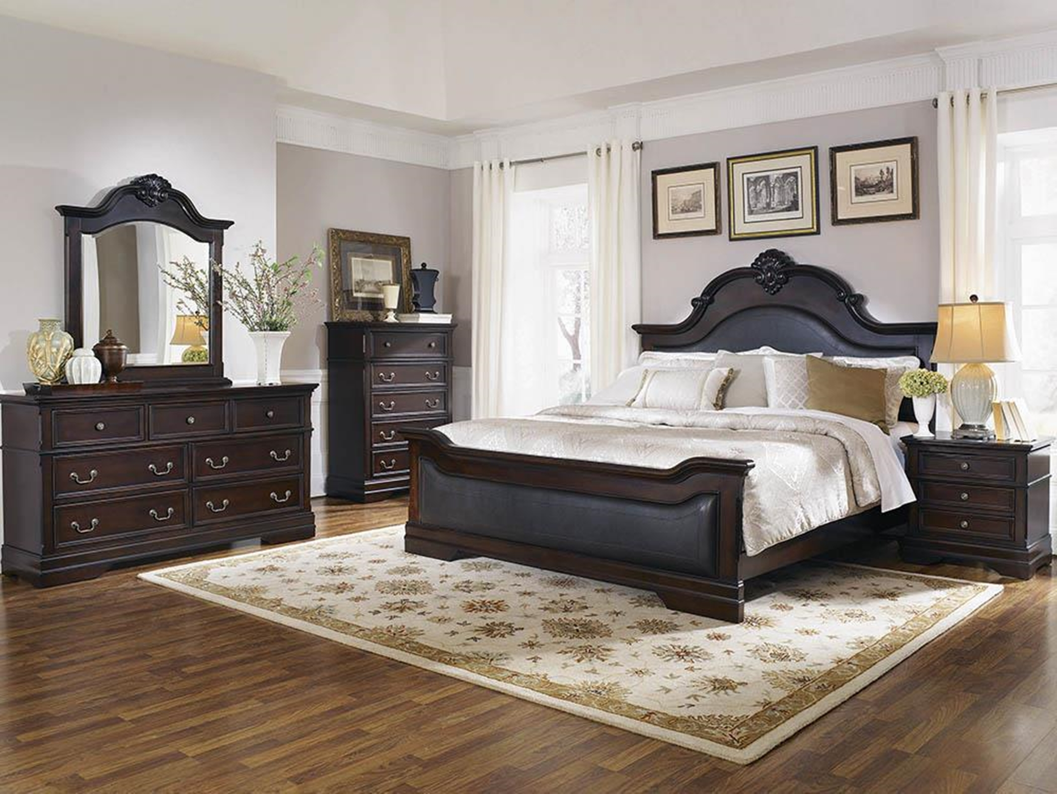 Cambridge Traditional E. King Bed