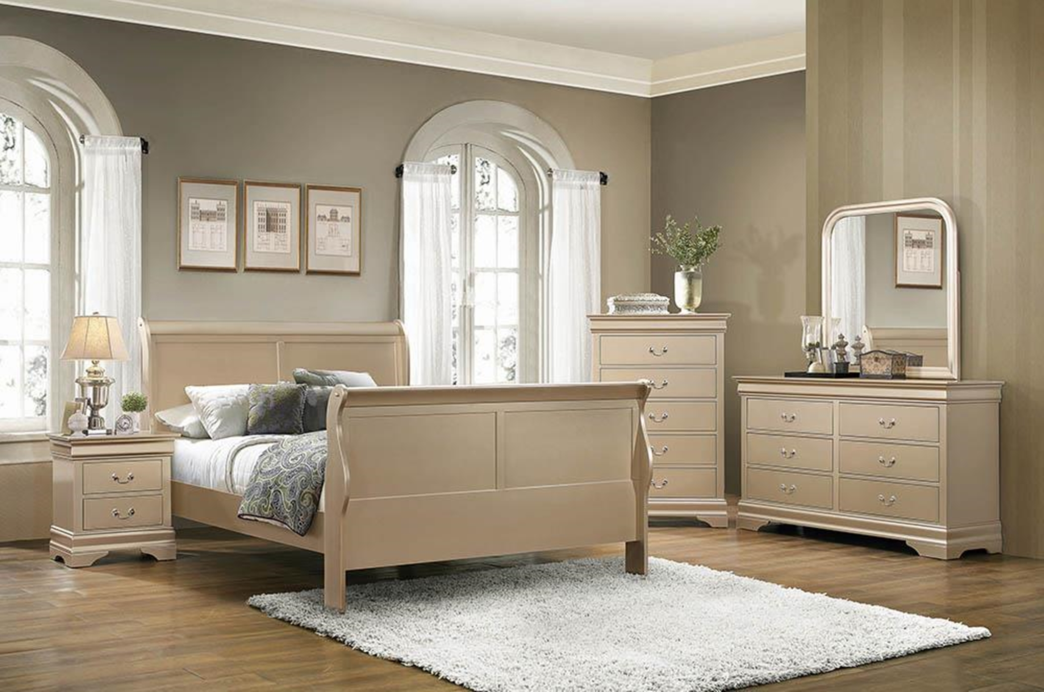 Hershel Louis Philippe Metallic Champagne Queen Bed
