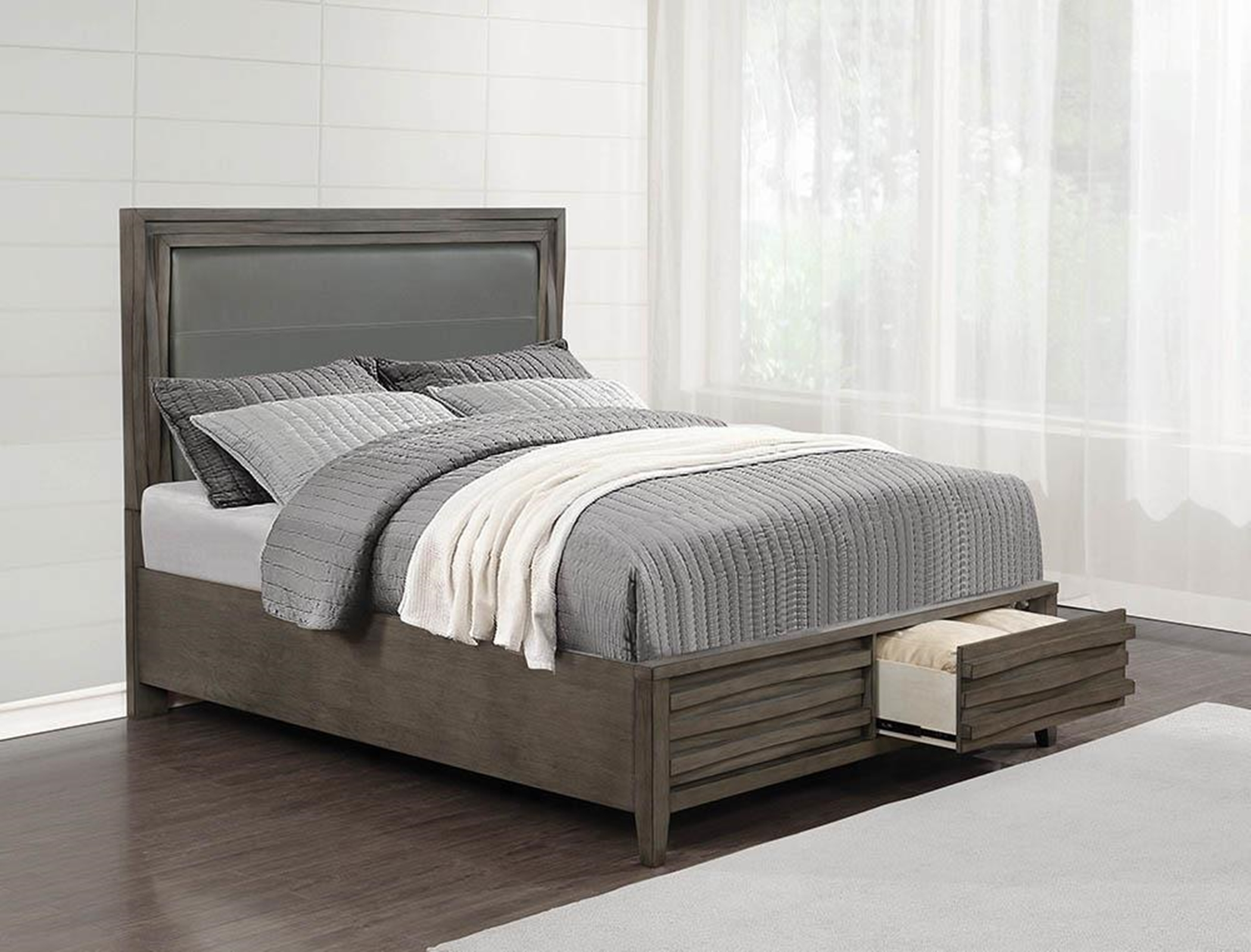 222620KW - C King Bed