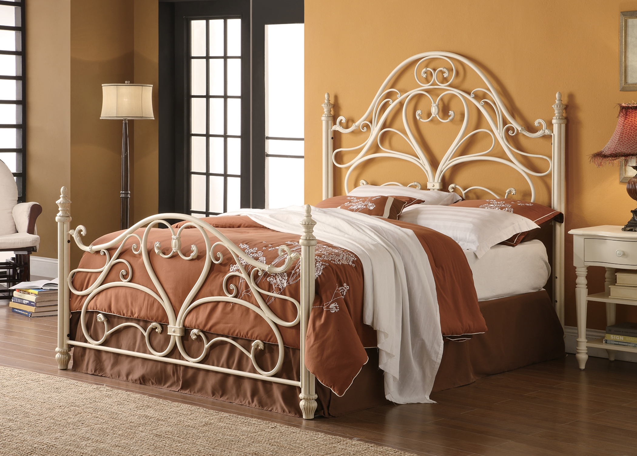 Magdalene White Queen Bed
