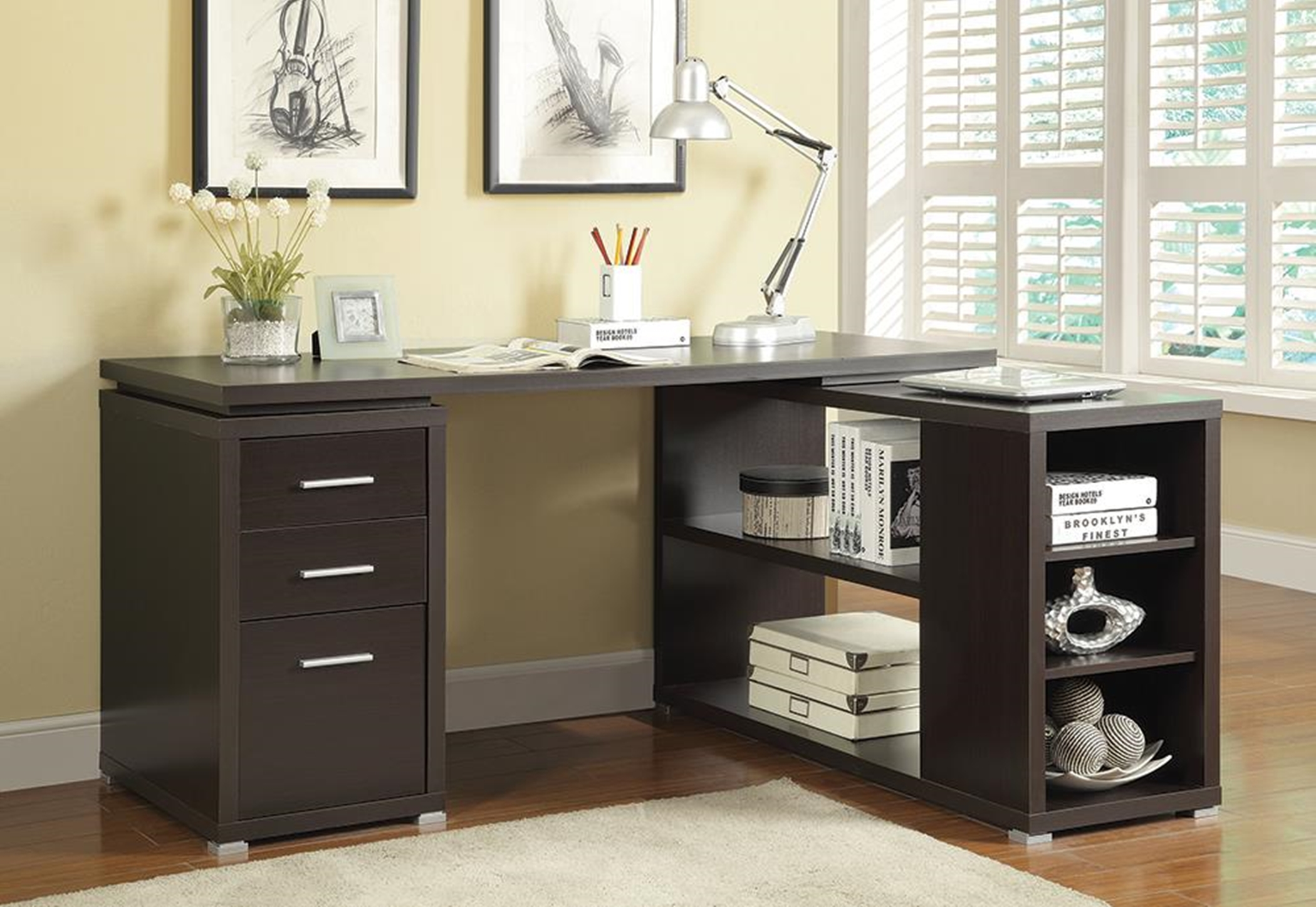 Yvette Capp. Executive Desk