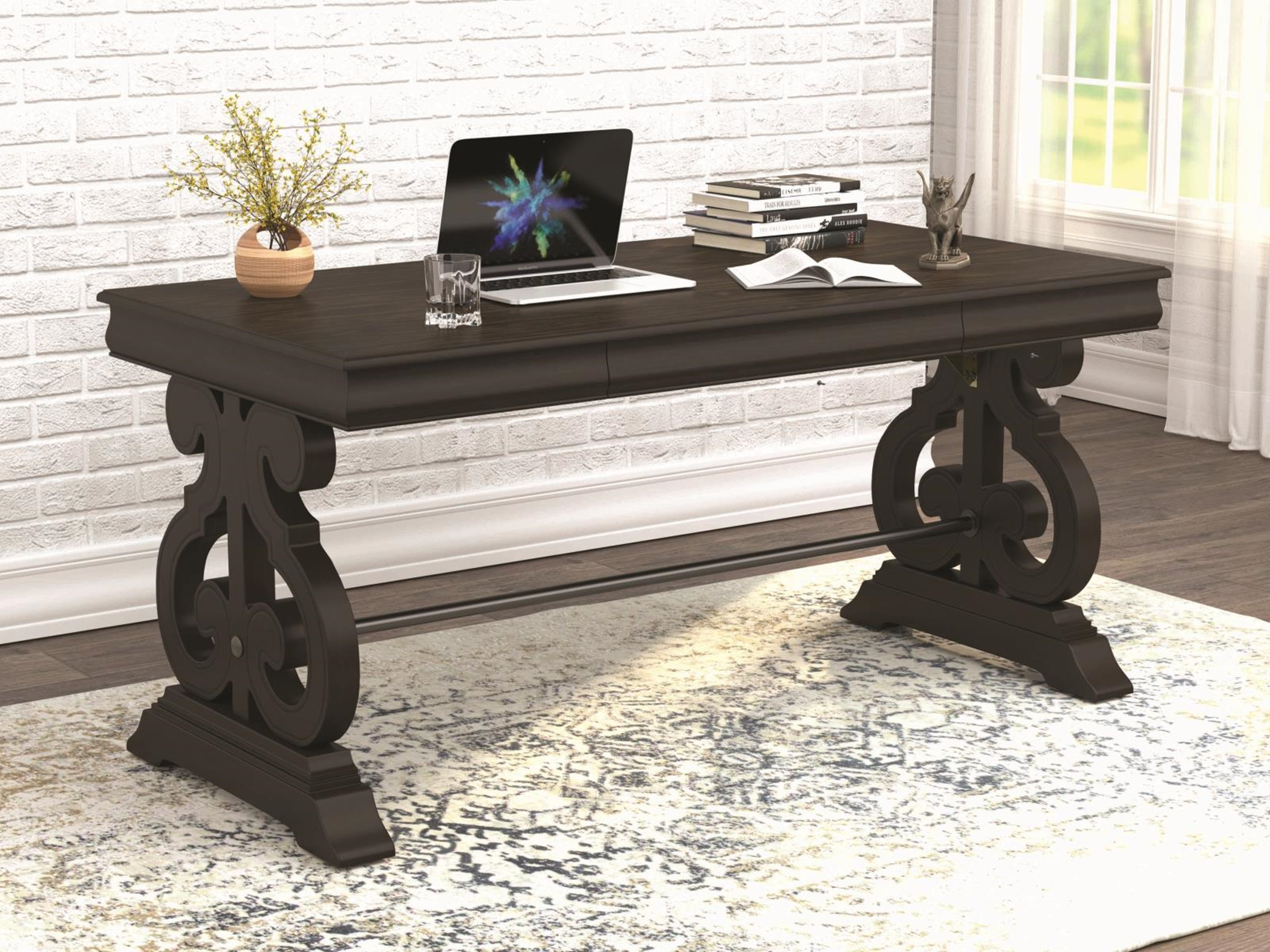 804521 - Writing Desk
